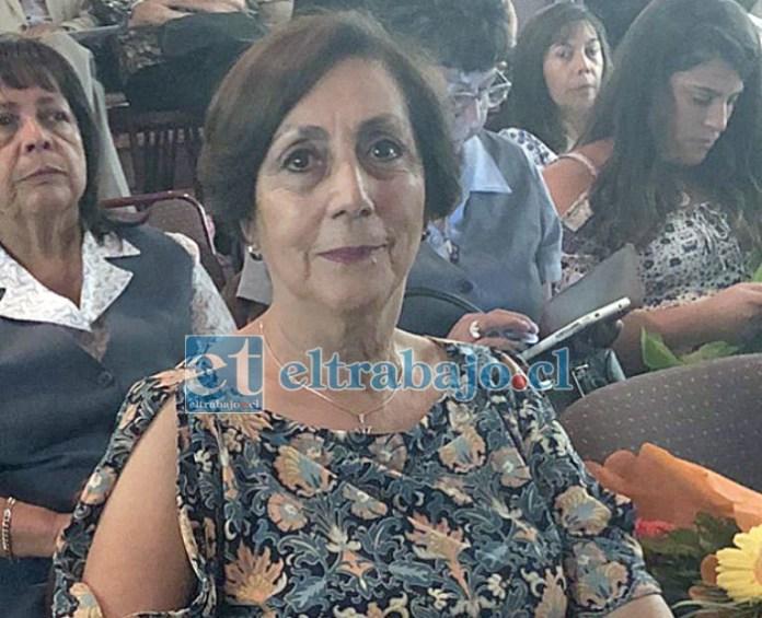 GRACIAS AMIGA.- Gloria Blackwood, posiblemente la matrona sanfelipeña que más guaguas al mundo trajo.