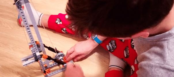 Mechanics STEM juego construcción