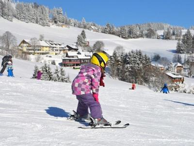 Esquiar con niños en Pirineos