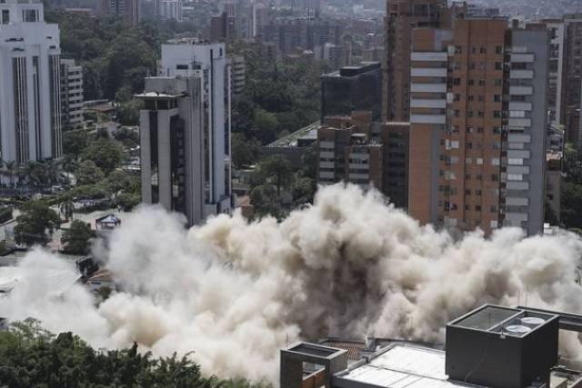 En vivo: implosión del edificio Mónaco, antigua casa de Pablo Escobar