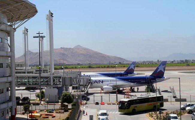 Resultado de imagen para Fotos del 'robo del siglo' en el aeropuerto de Santiago de Chile