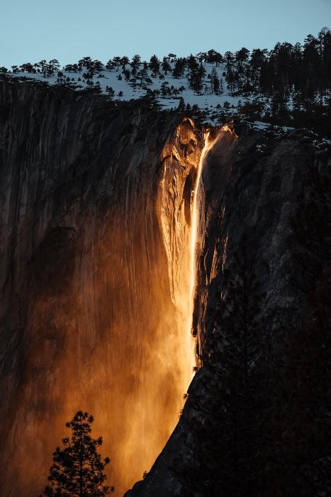 cascada_fuego_yosemite_2.jpg