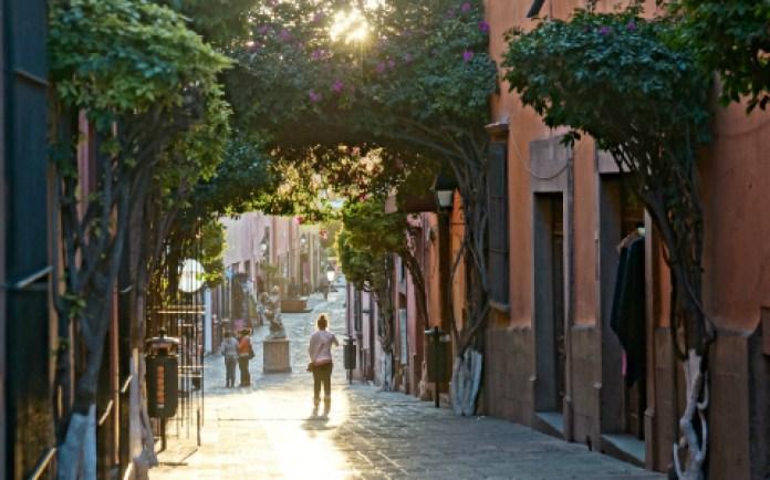La vida en los andadores queretanos | Querétaro