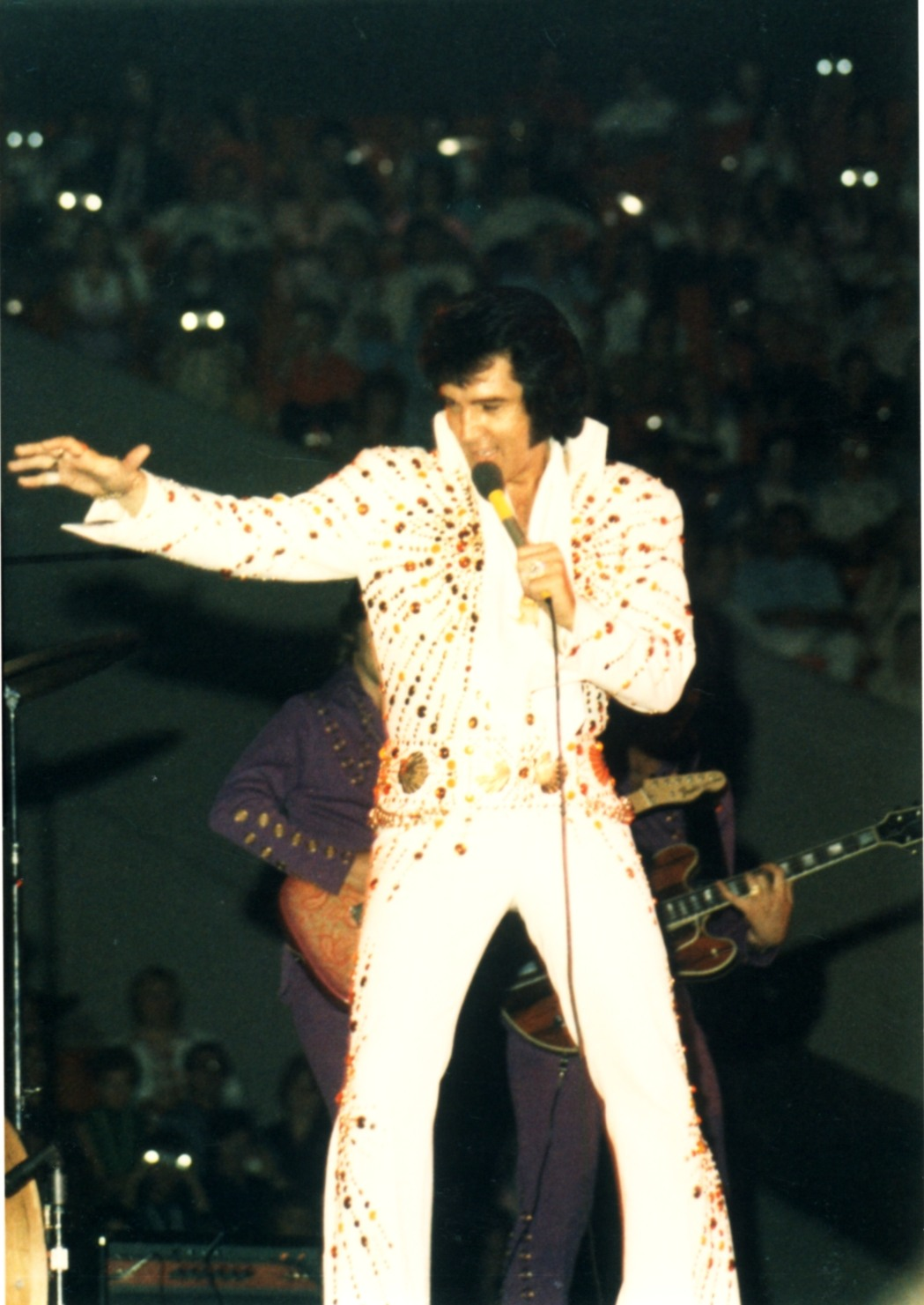 https://i0.wp.com/www.elvisconcerts.com/pictures/s73062101.jpg