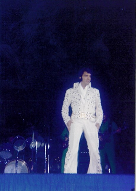 https://i0.wp.com/www.elvisconcerts.com/pictures/s73062502.jpg