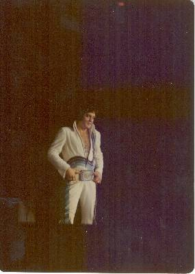 https://i0.wp.com/www.elvisconcerts.com/pictures/s74061805.jpg