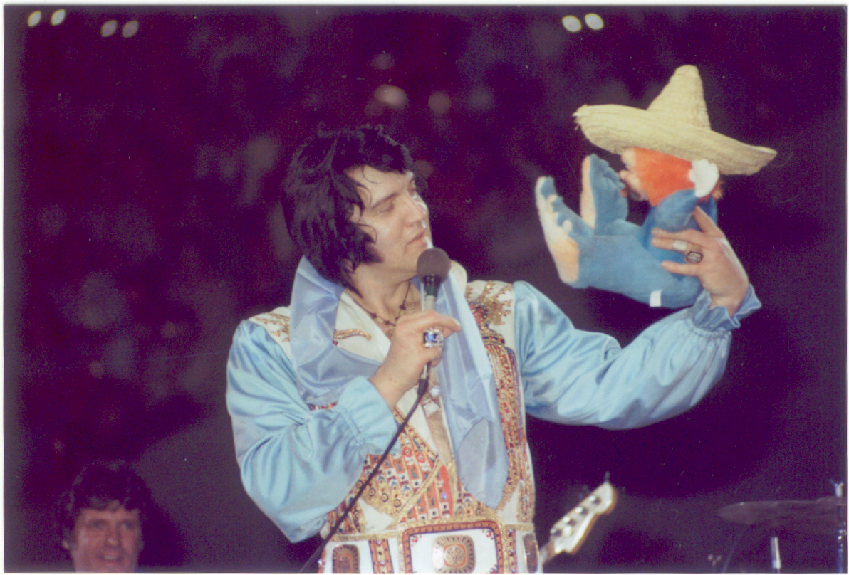 https://i0.wp.com/www.elvisconcerts.com/pictures/s76060402.jpg