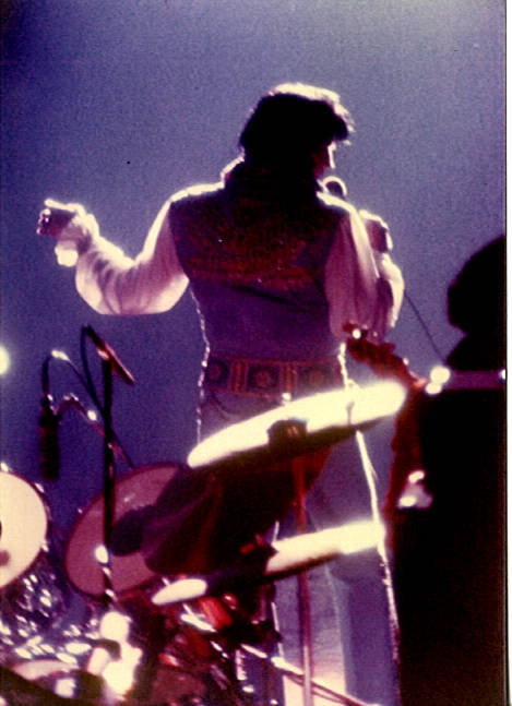 https://i0.wp.com/www.elvisconcerts.com/pictures/s76062611.jpg