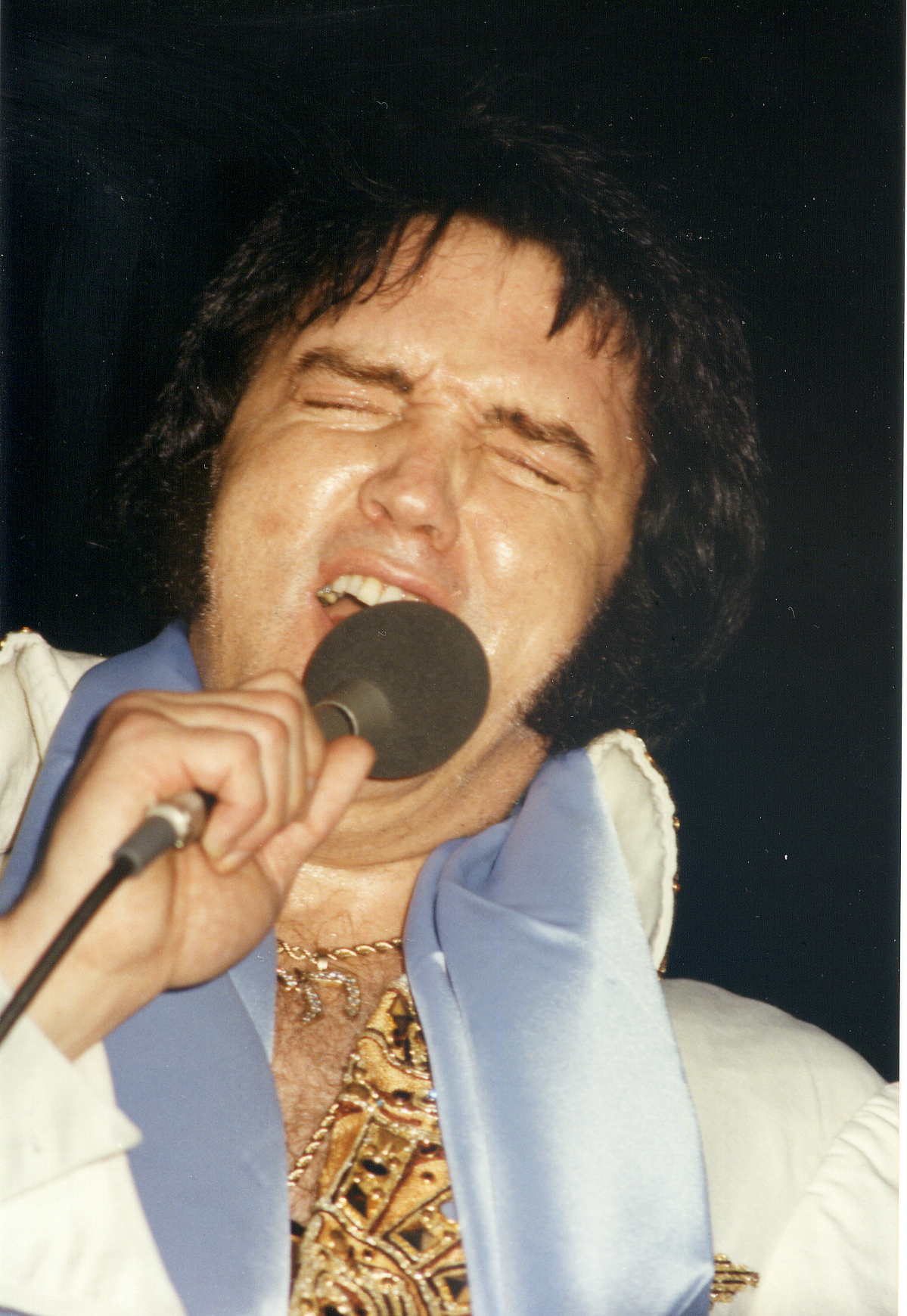 https://i0.wp.com/www.elvisconcerts.com/pictures/s77052205.jpg