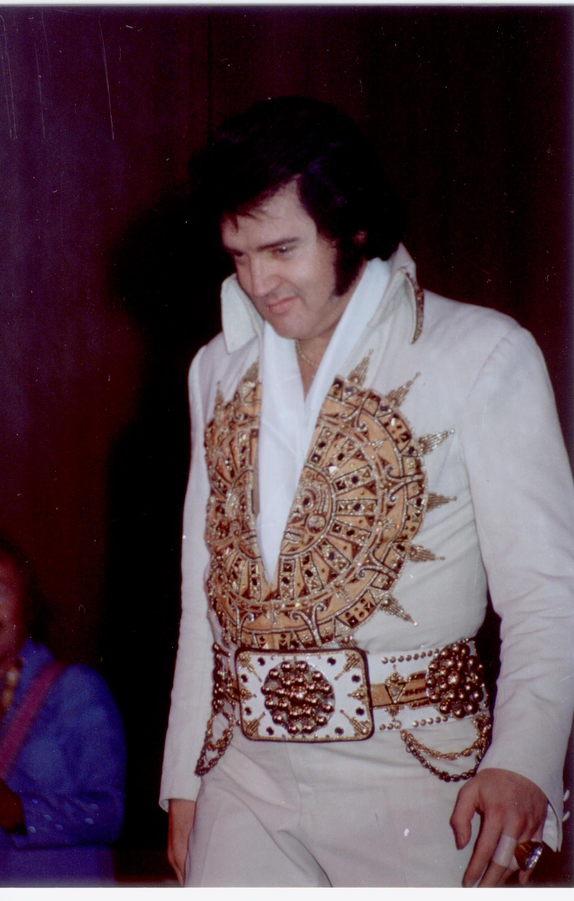 https://i0.wp.com/www.elvisconcerts.com/pictures/s77052904.jpg