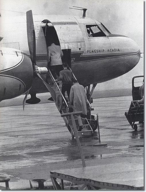 Elvis Presley Dayton, Oh., as Elvis left for Memphis - May 28, 1956