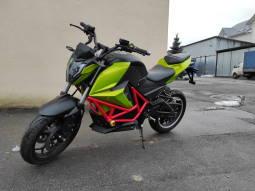 Купить электро мотоцикл с слайдерами Elwinn