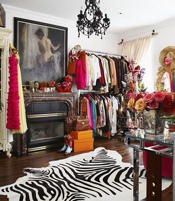 Glamorous-Womens-Closets-RDuJour-Interiors-09