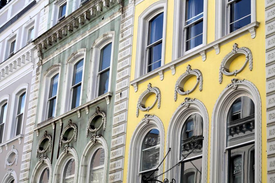 Rich-modern-hotel-london-elygypset
