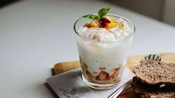 Receitas para Diabéticos para o Café da Manhã Passas com Iogurte