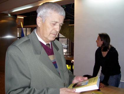 Imagini pentru lingvistul şi scriitorul Victor Iancu.photos