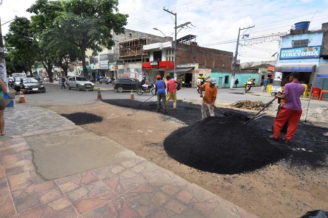 Manutenção de vias com operação tapa-buracos no São Caetano - Foto Wilson Oliveira 6