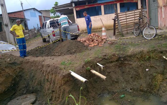 Desobstrução bairro Emanoel Leão01