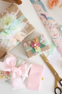 1000 Ideas About Wedding Gift Wrapping On Emasscraft Org