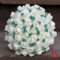 Ivory And Mint Green Wedding Bouquet With Berries