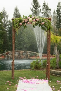 Wedding Flowers Ideas Chraming Natural Outdoor Simple Wedding