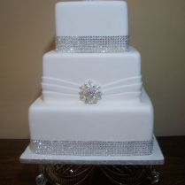 1000 Ideas About Bling Wedding Cakes On Emasscraft Org