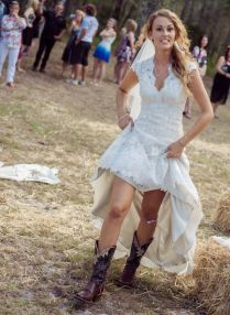 1000 Ideas About Simple Country Wedding Dresses On Emasscraft Org