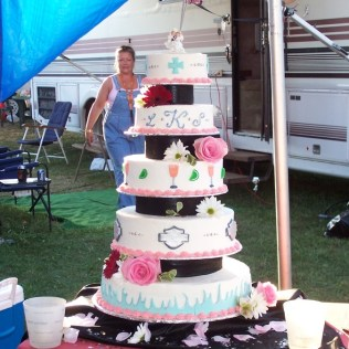 1000 Images About Cakes Magnificent Harley Davidson Wedding Cake