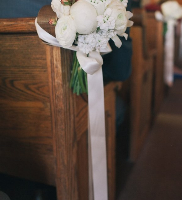 1000 Images About Wedding Pew Decorations And Tutorials On
