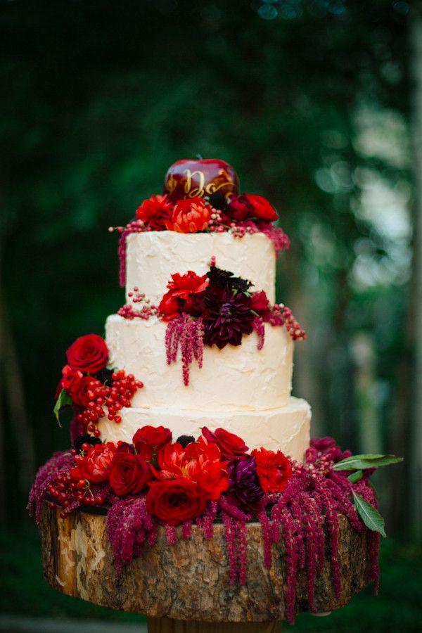 19 Charming Crimson Wedding Ideas