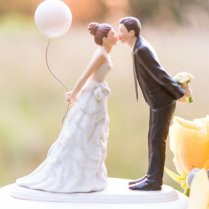 20 Creative Wedding Cake Toppers For Your Inspiration