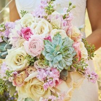 25 Swoon Worthy Spring & Summer Wedding Bouquets