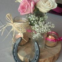 30 Styling Horseshoe Ideas For A Rustic Farm Wedding