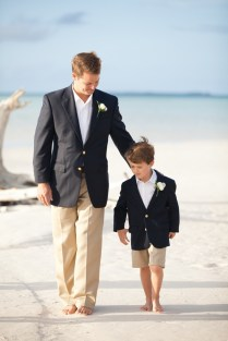 46 Cool Beach Wedding Groom Attire Ideas