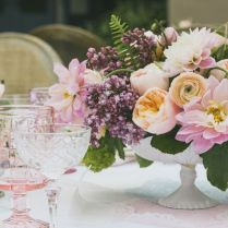 50 Spring Centerpieces And Table Decorations