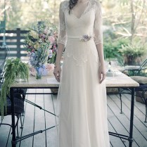 Choosing Vintage Style Wedding Dresses