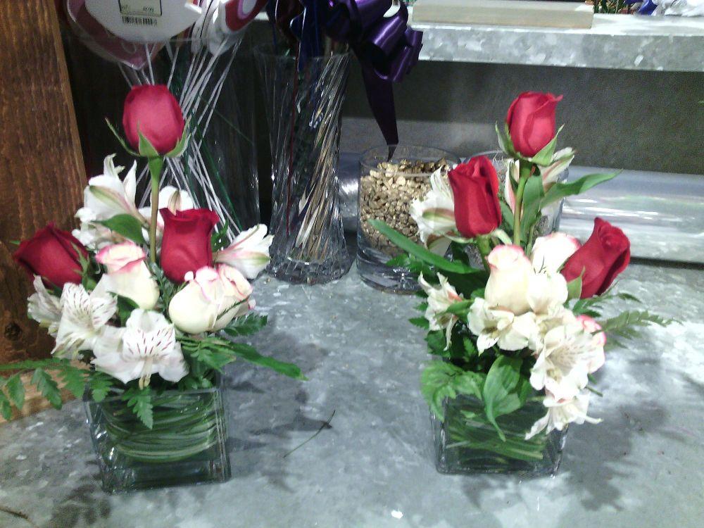 Small Table Arrangements Weddings