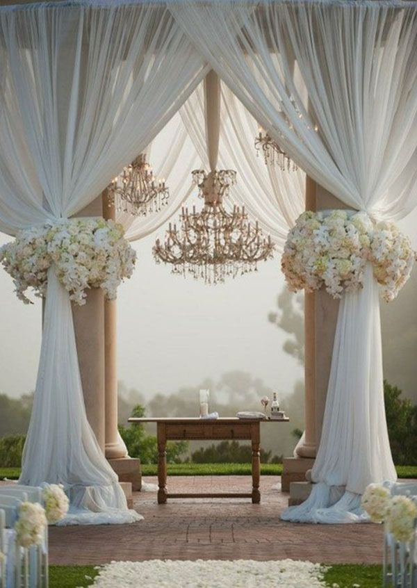Wedding Decorations With Columns