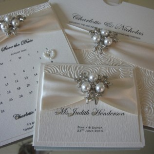 Diamonds And Pearls Â« Crystal Couture Luxury Wedding Stationery