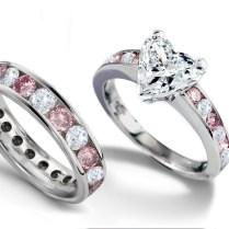 Emerald Heart Diamond Engagement Rings & Wedding Rings