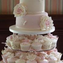 Fondant Wedding Cakes ♥ Wedding Cupcake Design 802387