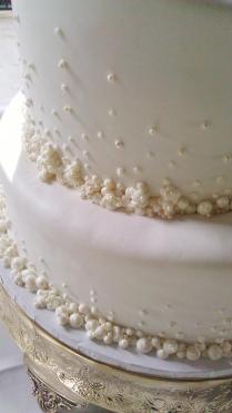 Fresno Wedding Cakes, Cupcakes, Cake Pops, Birthday Cakes