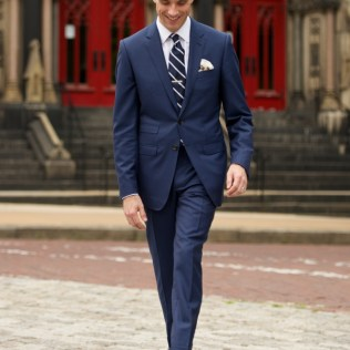 How To Dress For A Summer Wedding City Edition