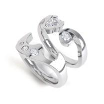 Interlocking Diamond Rings