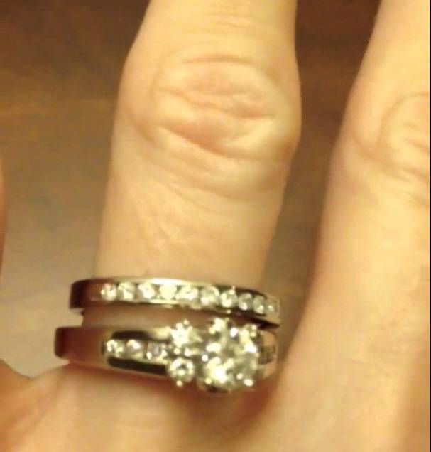 Jared's Certified Round Diamond Modern Vintage Style Engagement