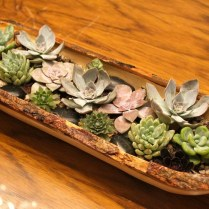 Simple Wedding Centerpieces For A Handcrafted Wedding Rustic Wood