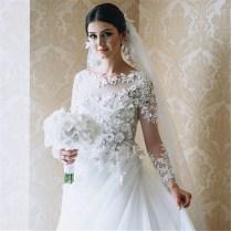 Stunning 2017 Royal Wedding Dresses Vintage Long Appliques Sleeved