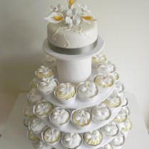 Wedding Cupcakes Glamorous Wedding Cake Cupcakes