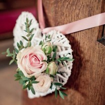 Wedding Decor 20 Of The Prettiest Pew Ends