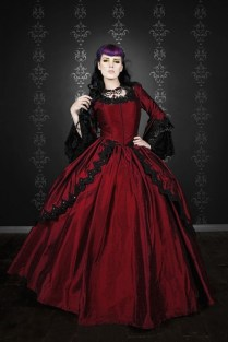1000 Images About Magnificent Gothic Wedding Dresses On Emasscraft Org